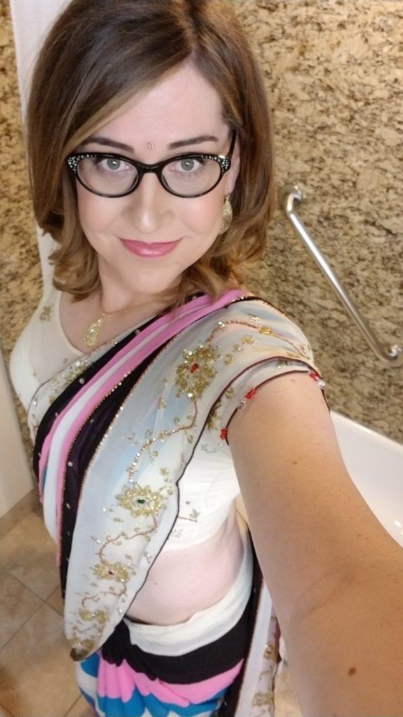 Ari in a Sari?